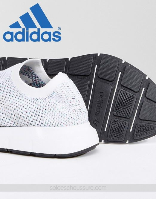 Adidas Originals Swift Run Primeknit Blanc & {Ventes Privées Adidas} - Adidas Originals Swift Run Primeknit Blanc & {Ventes Privées Adidas}-01-3